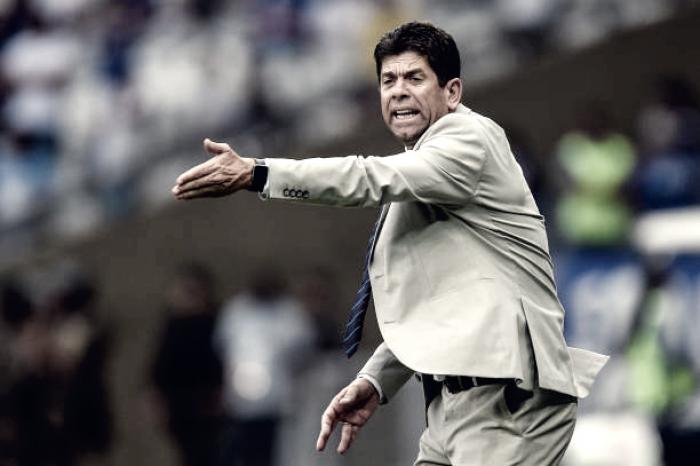 """Fabiano Soares expõe razão para revés do Atlético-PR: """"Não trabalhamos bem a bola"""""""