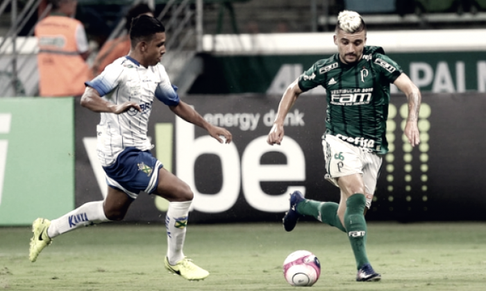 Palmeiras anuncia renovação contratual do lateral-esquerdo Victor Luís por dois anos