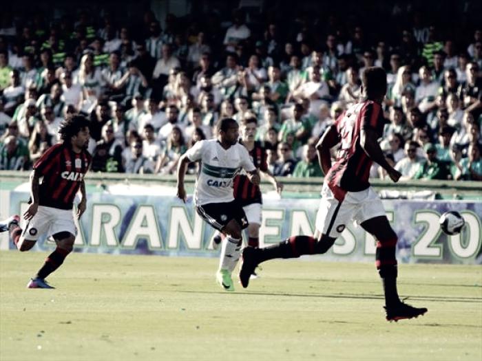 Coritiba e Atlético-GO iniciam Brasileirão lutando pela permanência na elite