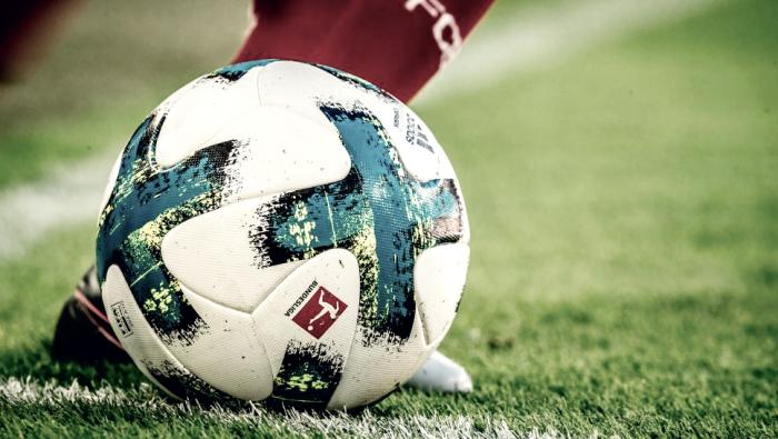 Fábrica de gols: conheça mais a Torfabrik, bola que movimentou gramados na Bundesliga