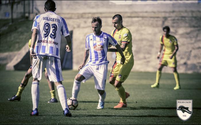 Calcio: Pescara batte Palermo 2-0