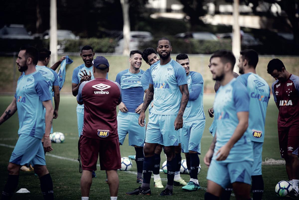 Contra time sub-20, Cruzeiro inicia preparação para jogo decisivo pela Libertadores