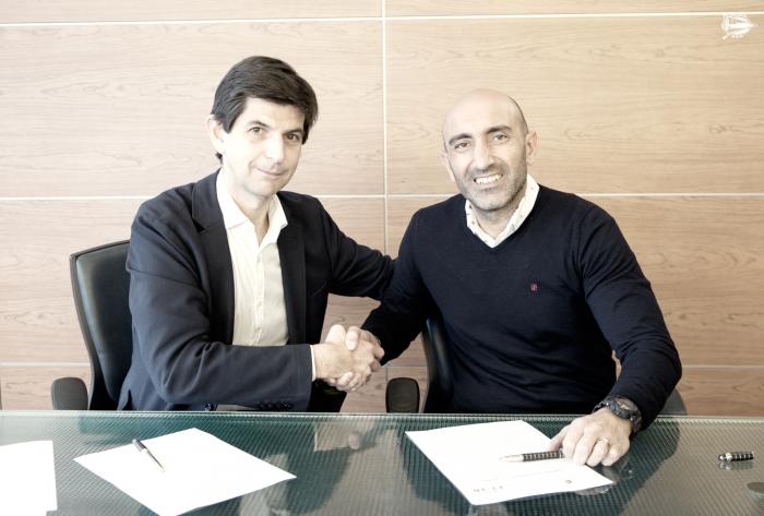 Abelardo, nuevo entrenador del Deportivo Alavés
