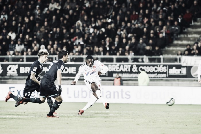 Em confronto remarcado, Amiens vence Lille e afunda rival