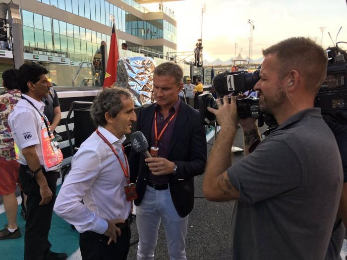 Alain Prost se rinde ante Carlos Sainz por su espectacular rendimiento