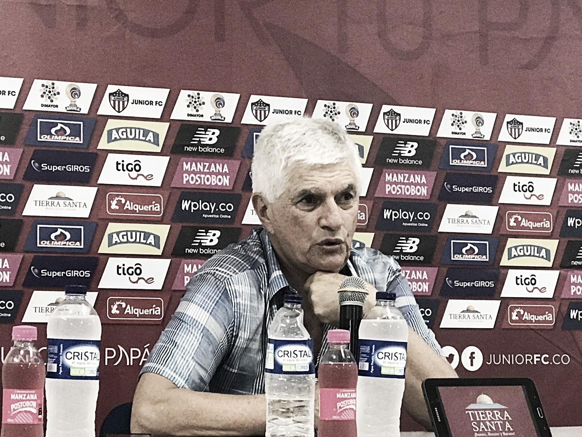 """Julio Comesaña: """"Le dije a los jugadores que tocaba ganar el segundo tiempo"""""""