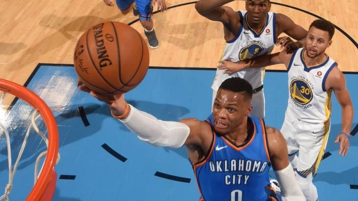 NBA - gli Warriors cadono a Oklahoma City, New Orleans batte anche gli Spurs