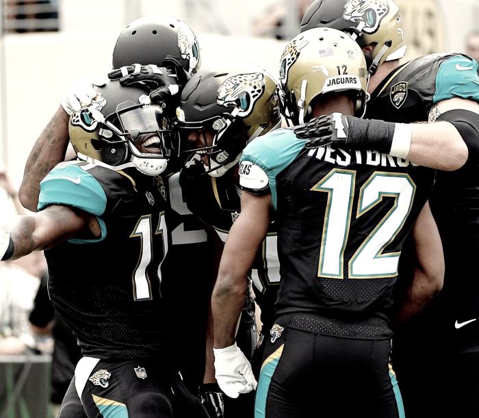Campbell obtiene marca histórica en la victoria de Jaguars sobre Colts