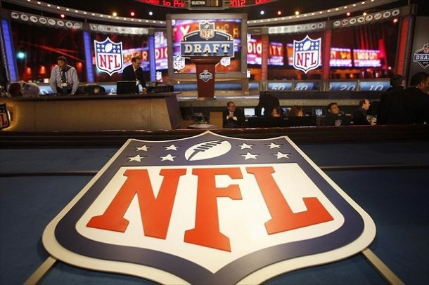 A Look At The Top Ten Picks: A 2015 NFL Mock Draft - VAVEL com