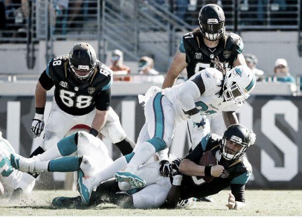Los errores de los Jaguars dan vida a los Dolphins