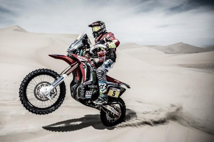 Rally Dakar, día 5 en motos: Barreda sigue imponiéndose