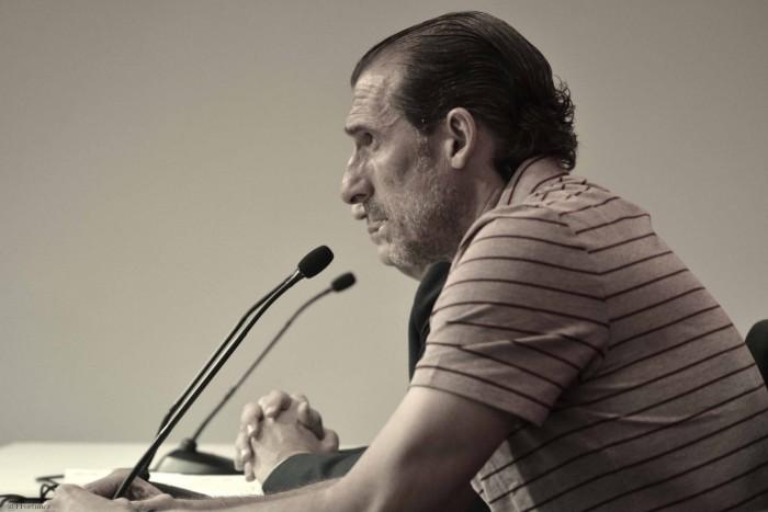 "Óscar Arias:No hay ultimátum para Jesús Navas"""