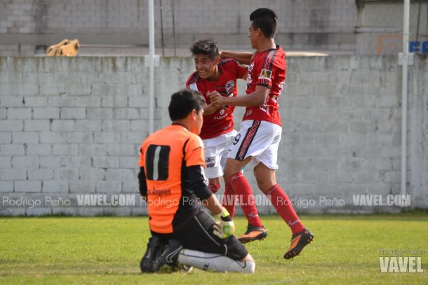 Fotos e imágenes del Chivas Los Ángeles 0-2 Lobos Tercera de la decimoquinta jornada de la Tercera División Profesional