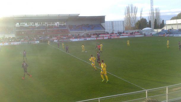 La SD Huesca vuelve al coliderato tras ganar al Socuéllamos