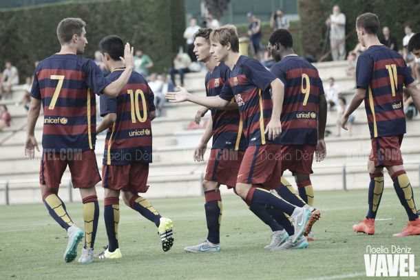 Fotogalería: el Barça B continúa engrasando la máquina