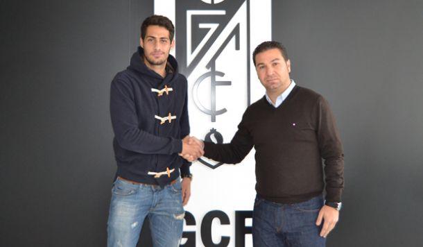 El Granada CF ficha al central Álvaro Vega para el filial