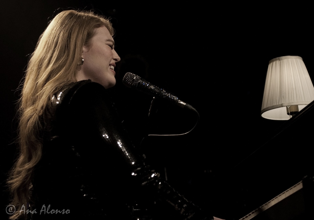 Freya Ridings and an unforgetable night in Cologne: review and photo gallery