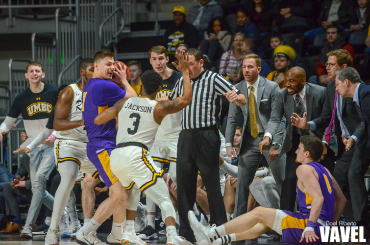 America East Tournament quarterfinal: UMBC Retrievers 62-54 Albany Great Danes