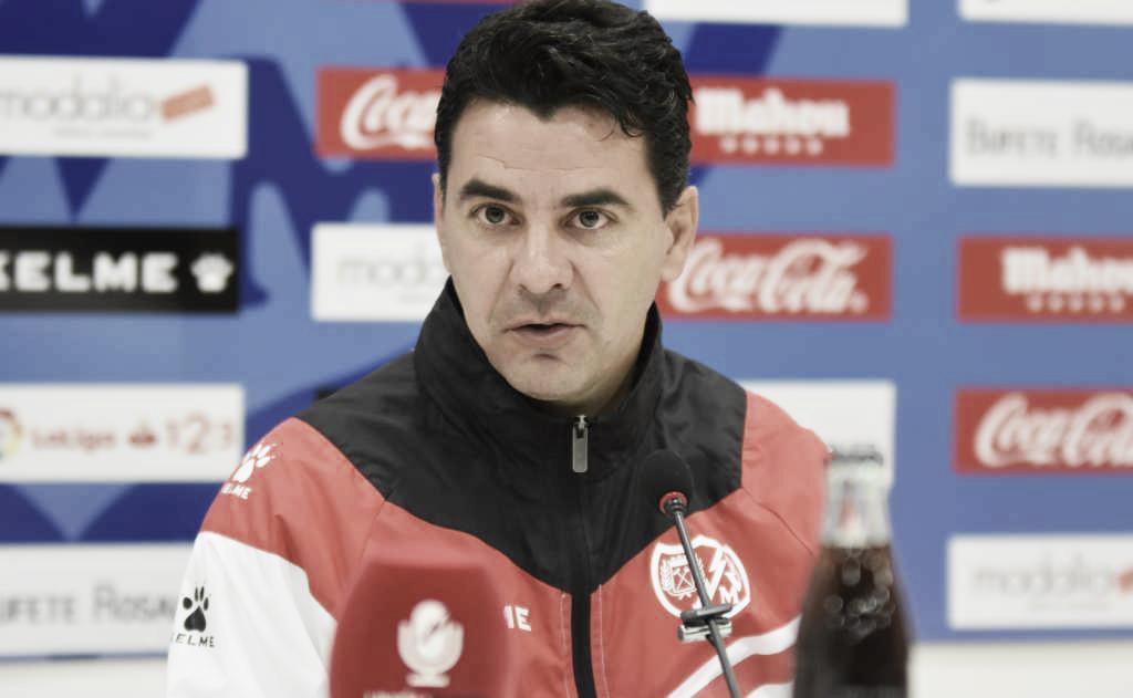 """Míchel: """"El rendimiento del equipo nos da esperanzas para seguir peleando por nuestro objetivo"""""""