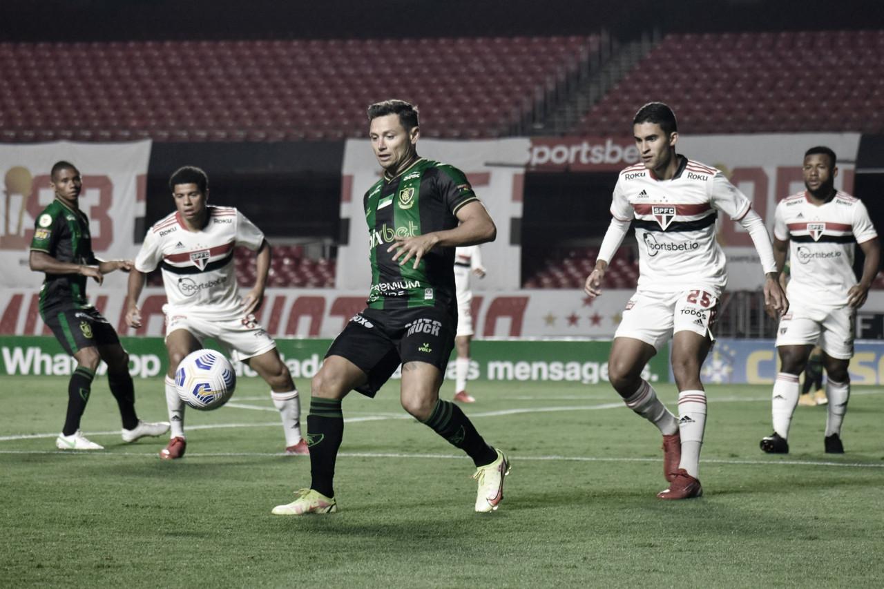 Melhores momentos de América-MG x Flamengo pelo Campeonato Brasileiro (1-1)