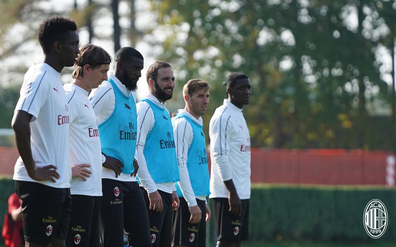 Milan, meno 5 al derby: rossoneri oggi di nuovo in campo
