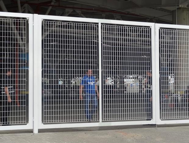 Grêmio faz último treino com portões fechados antes de encarar o Fluminense, nesta Quarta