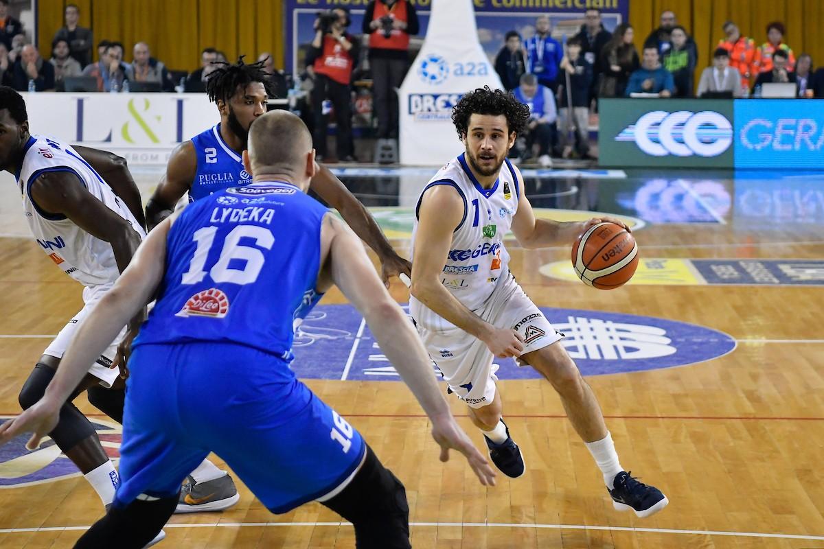 Lega Basket - Landry trascina Brescia alla vittoria contro Brindisi (74-60)