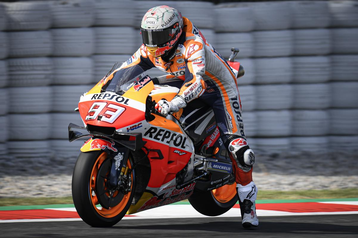 Márquez vuelve a ganar en casa en la carrera con más caídasde la temporada