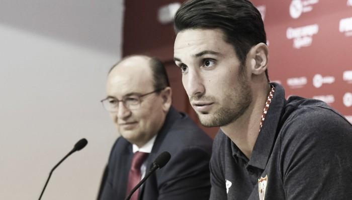 Unanimidade no gol do Sevilla, Sergio Rico renova seu contrato até 2021