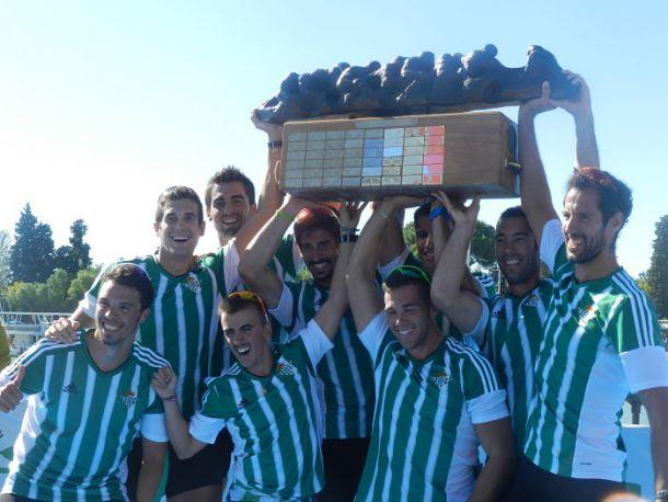 Los remeros del Real Betis conquistan otro título en la Regata Sevilla-Betis
