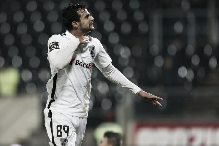 Fluminense oficializa proposta por Henrique Dourado