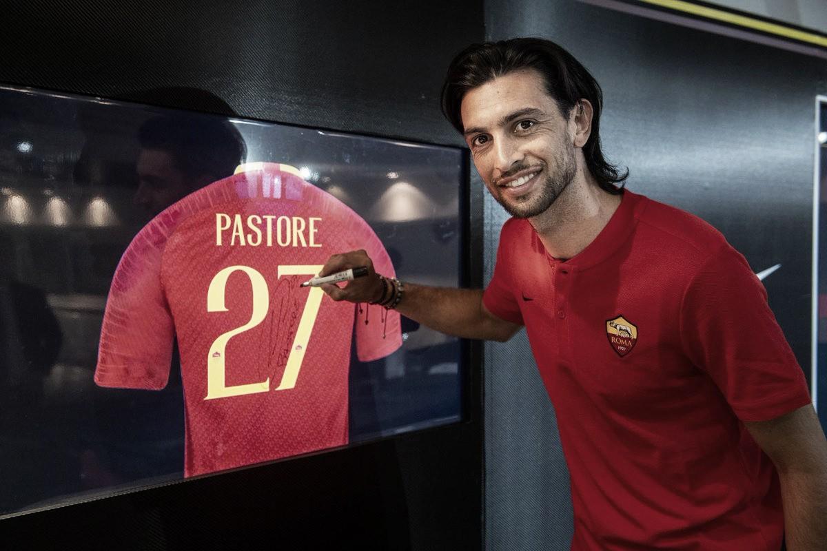 Após saída de Nainggolan, Roma age rápido e anuncia Javier Pastore, que assina até 2023