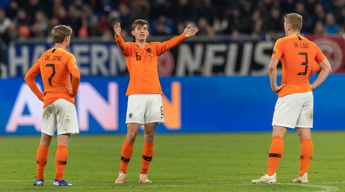 Nations League - L'Olanda rimonta la Germania e vola in semifinale: 2-2 a Gelsenkirchen
