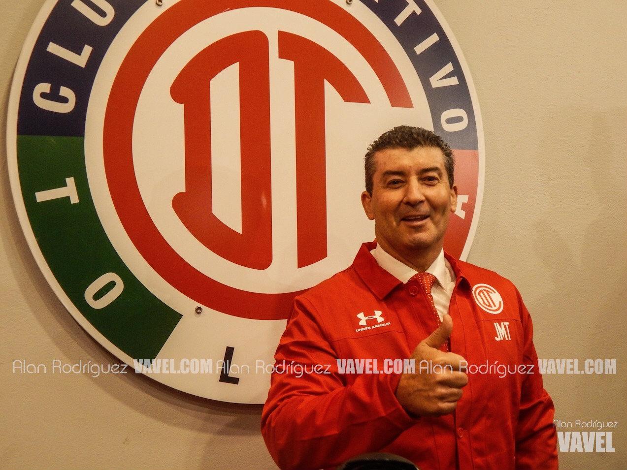 Toluca presenta a José Manuel de la Torre