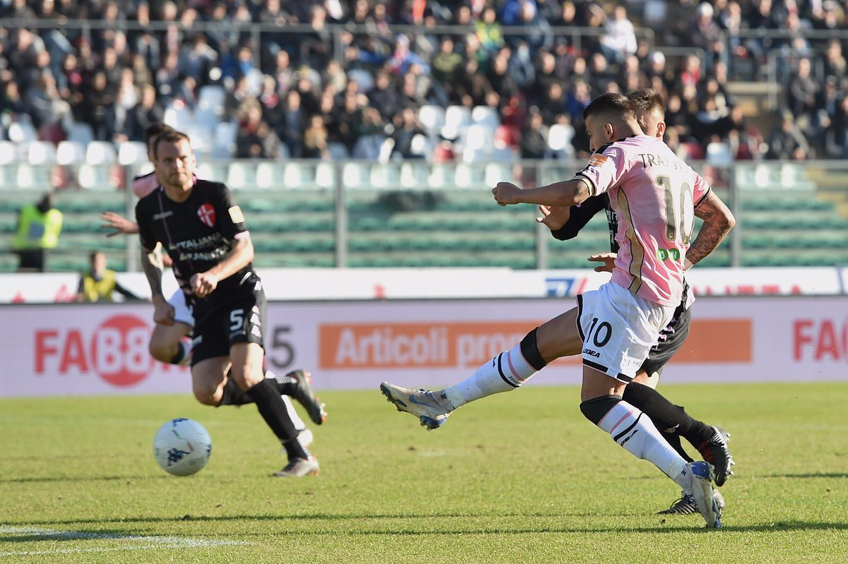 Serie B: vincono Palermo e Pescara, frena il Benevento