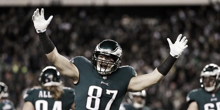 Comandados por Foles, los Eagles avanzan a la final de la NFC