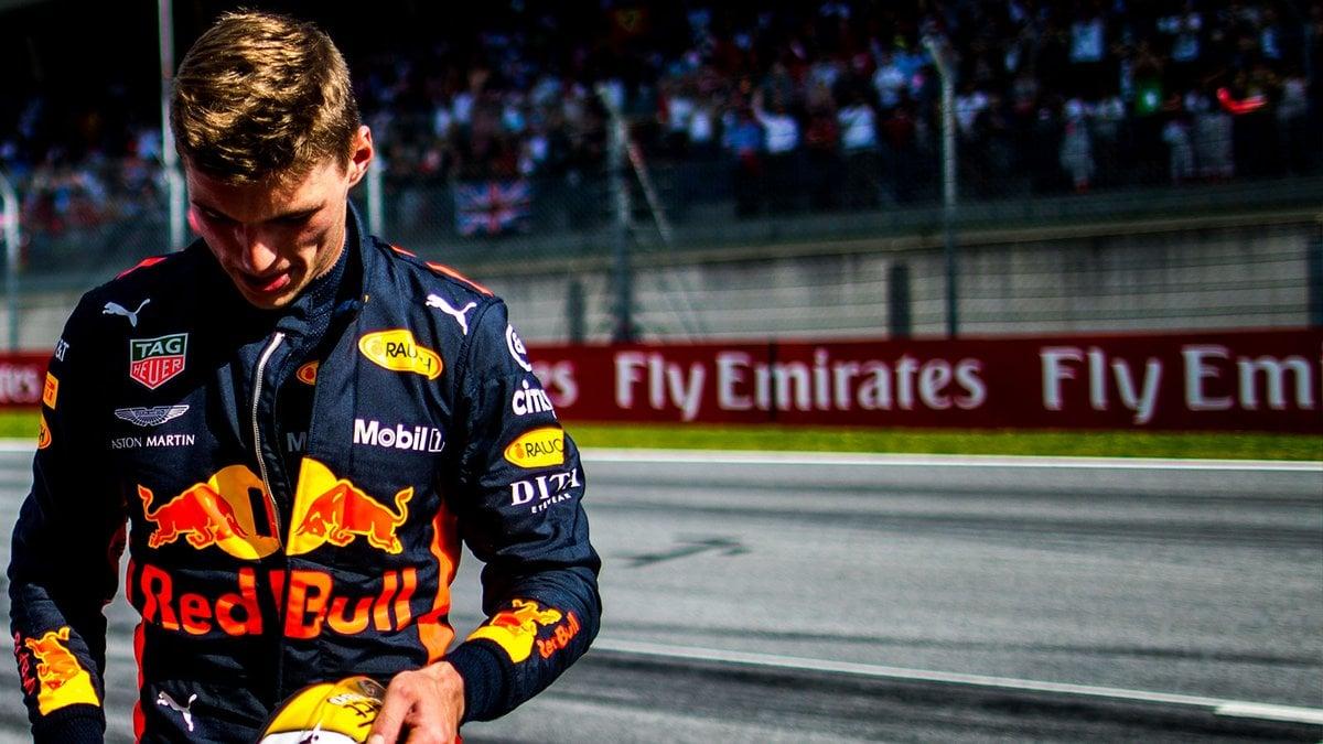Max Verstappen bacchetta Renault: