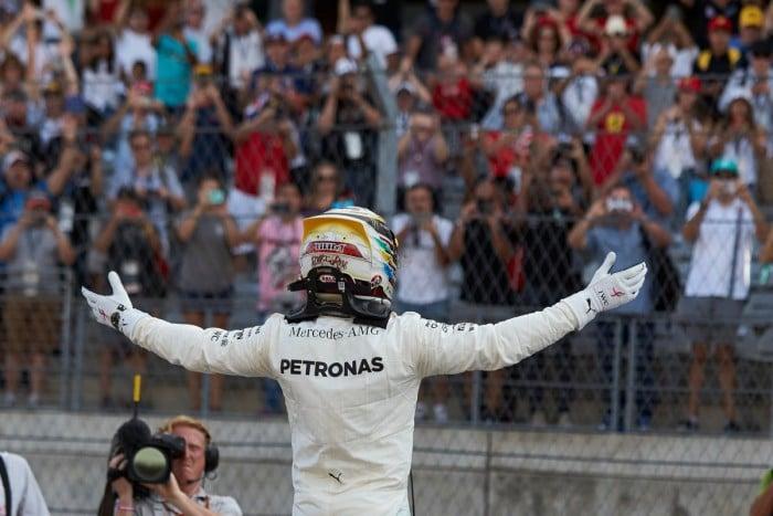 """Hamilton e la sicurezza in Formula 1: """"Basta con queste vie di fuga"""""""