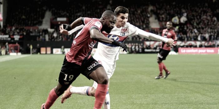 El Lyon reconquista la segunda posición