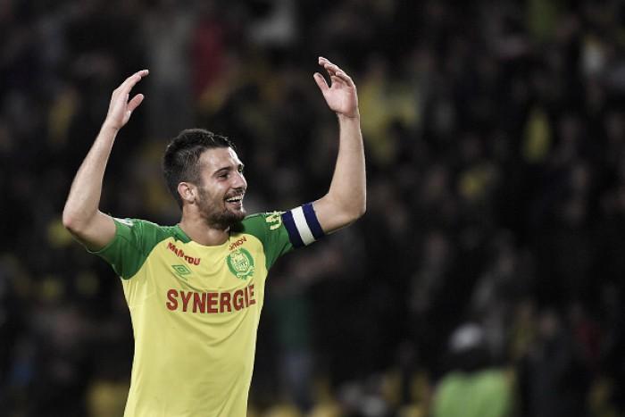 Pensando no futuro: Lyon tem acordo com lateral-direito Léo Dubois para proxima temporada