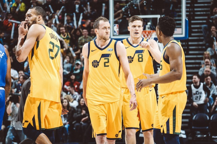 NBA- vittorie interne per i Jazz e i Sixers contro Clippers e Bucks