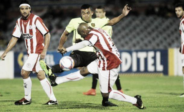 River Plate - Peñarol: choque de líderes