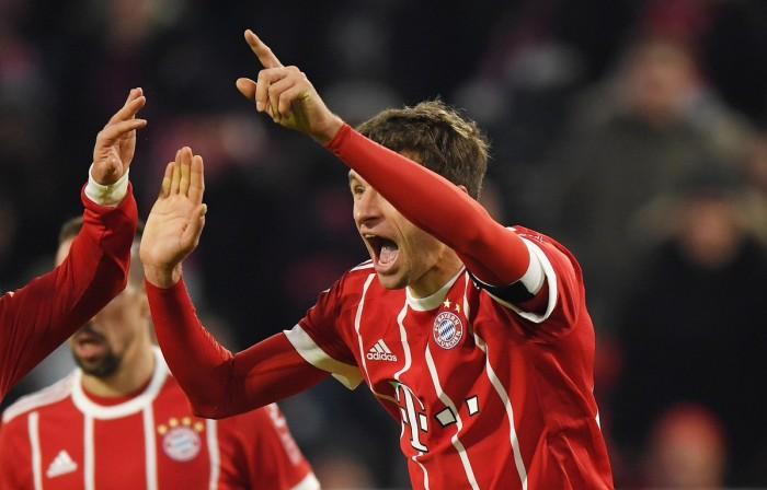 Bundesliga 2017/18 - Lewandowski e Muller trascinano il Bayern al successo. Werder battuto 4-2