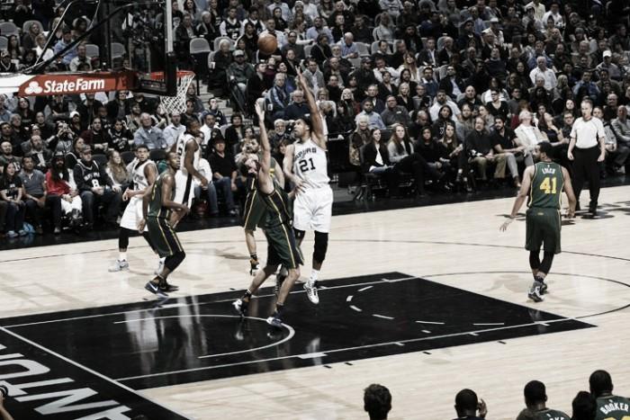 Nba, successi esterni per Raptors e Mavs. San Antonio a valanga sui Jazz