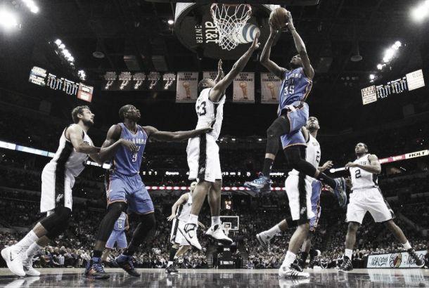 'MVP' Durant lleva a Oklahoma al liderato del Oeste