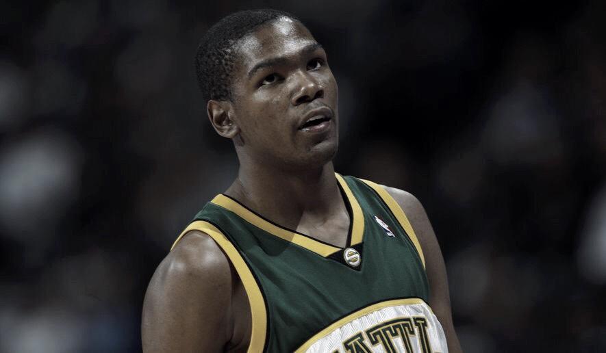 Durant vuelve a Seattle