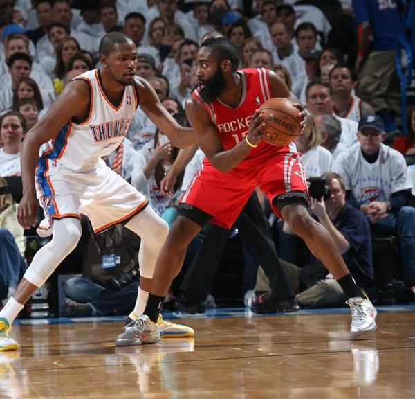 Com dificuldade, Thunder vence Rockets e abre 2-0 na série