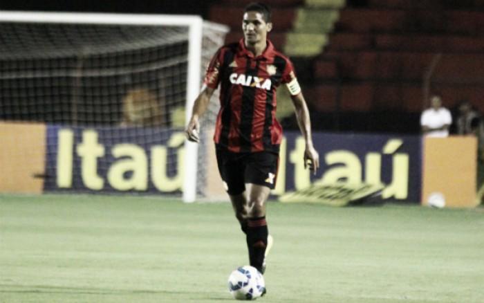 Oswaldo de Oliveira ganha três reforços no Sport para jogo diante do Atlético-PR