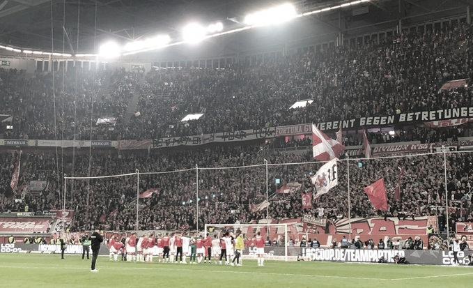 Düsseldorf derrota Colônia e se afasta da zona de rebaixamento da Bundesliga