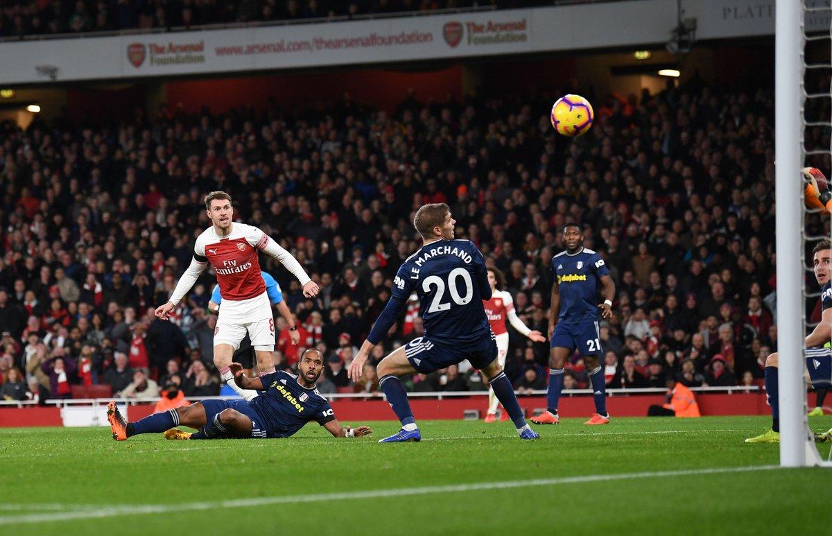 Premier League: volano Arsenal e Tottenham, successo esterno per il Leicester